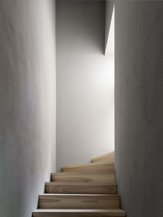 44 Best Stairs Between Walls Images Interior Stairs Stair Design