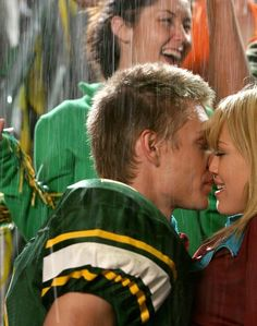 "21 Reasons ""A Cinderella Story"" Was A Masterpiece Of The Mid '00s (BuzzFeed): love this"