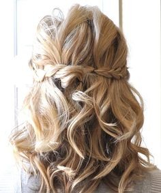 Half-Up-Braided-Hairdos-for-Wavy-Medium-Length-Hair-Pictures.jpg 500×600 pixels