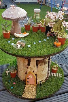 52 beautiful and magical miniature fairy garden ideas # .- 52 beautiful and magical miniature fairy garden ideas Fairy Garden Plants, Mini Fairy Garden, Fairy Garden Houses, Gnome Garden, Fairy Gardening, Gardening Tips, Fairy Houses Kids, Fairy House Crafts, Kid Garden