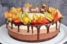 Tort Deliciu cu zmeura - Mihaela Toader Mousse, Cheesecake, Birthday Cake, Sweet, Desserts, Design, Faith, Candy, Tailgate Desserts