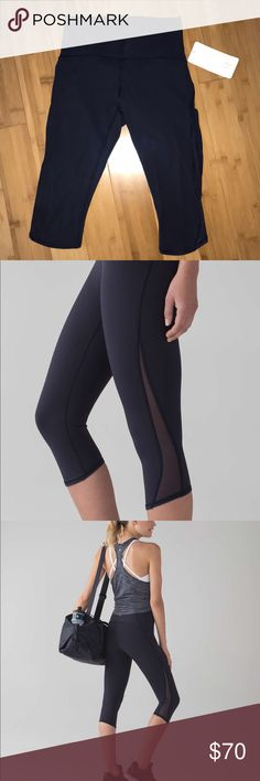 Train Times Crop- Lululemon Brand new. Lululemon crop leggings in Midnight blue. Size 8. Open to offers :) lululemon athletica Pants Leggings