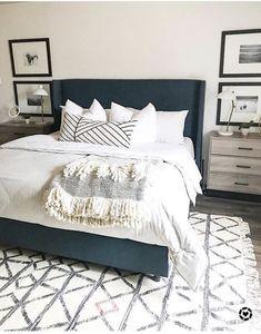 45 Best Modern Bedroom Design Ideas - Home Decorating Inspiration Blue Master Bedroom, Dream Bedroom, Home Decor Bedroom, Bedroom Rugs, Bedroom Wall, Diy Bedroom, Bedroom Artwork, Bedroom Modern, Bedroom With Sofa