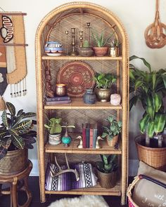 every bohemian style home needs a good wicker shelf 🙌🏼 We have one tall wicker shelf available for pick up only in OC, CA. It fits SO… Bohemian Furniture, Wicker Furniture, Bohemian Decor, Modern Bohemian, Bohemian Style Rooms, Bohemian Bathroom, White Bohemian, Bohemian Interior, Find Furniture