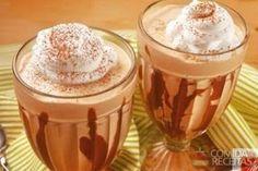Receita de Cappuccino gelado especial em receitas de bebidas e sucos, veja essa e outras receitas aqui!