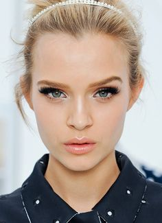 The Lazy Girl's Guide to Contouring and Strobing!
