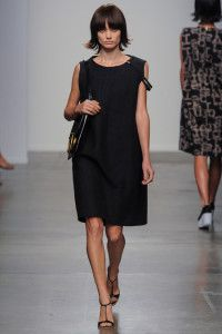 Classic A Detacher 2014 :)  see more http://www.hawanim.com/?p=10816 #fashion #style #outfit #dress #adetacher