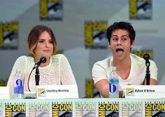 Shelley Hennig Photos Photos - Actors Shelley Hennig (L) and Dylan O'Brien attend MTV's 'Teen Wolf' panel during Comic-Con International 2014 at the San Diego Convention Center on July 24, 2014 in San Diego, California. - 'Teen Wolf' Panel at Comic-Con