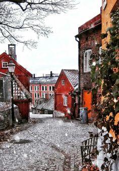 Oslo, Norwegen & The post Oslo, Norwegen & appeared first on Diy Gifts. Beautiful Norway, Beautiful World, Beautiful Places, Places To Travel, Places To See, Norway Winter, Destinations, Visit Norway, Norway Travel