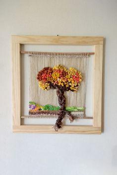 Telar artístico  decortativo Arbolito Modern Embroidery, Crewel Embroidery, Textile Art, Fiber Art, Lana, Needlework, Weaving, Textiles, Quilts