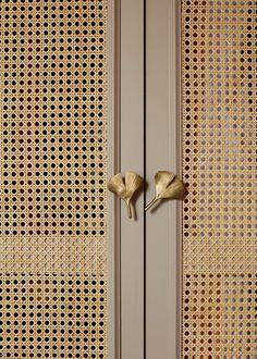 Diego Delgado Elias x Les Heröines Wardrobe Door Designs, Wardrobe Doors, Office Wardrobe, Capsule Wardrobe, Cane Furniture, Furniture Design, Ideas Armario, Home Interior Design, Interior Decorating