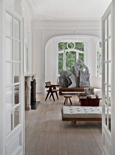 Living room in a Brussles townhouse by Olivier Dwek. Photo by Serge Anton.