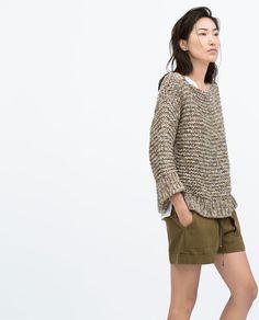 Bawełniany sweter w kolorach ziemi + szorty khaki na wiosnę 2015 ZARA