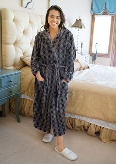 c081c3a43 28 Best Silk Pajamas images