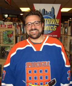 Kevin Smith.  I love him.  Too bad we're both married, and he's famous, and he smokes, and he probably doesn't like chunky chicks.  Otherwise, we'd be perfect for each other.