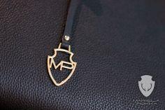 Detail of a handbag by Mariela Pokka - Mariela Pokka - luxury fashion made of reindeer leather Reindeer, Arrow Necklace, Evening Dresses, Luxury Fashion, Handbags, Detail, Unique, Leather, Accessories