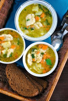 VeganSandra - Easy vegetable and dumpling soup (would like to make subbing less starchy veg for potatoes as it already has dumplings- perhaps cauliflower,  broccoli,  and/or peas)
