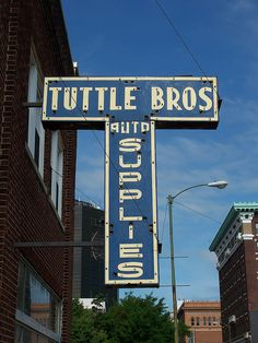 Tuttle Bros Auto Supplies...Springfield, Ohio, not to be confused with Tuttle Feed and Grain...Springfield, Ohio.