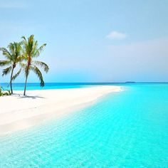 I enjoy to cook, my husband and I collect wine, and in my head, I am continuously on island, walking the beach listening to the song of the ocean. Dream Vacations, Vacation Spots, Italy Vacation, Places To Travel, Places To See, Travel Destinations, Photos Voyages, Tropical Beaches, Belle Photo