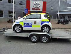 Toyota IQ Police car Bus Art, National Police, Military Vehicles, Military Car, Toyota Cars, Daihatsu, Scion, Go Kart, Police Cars