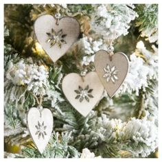 Weiste White Wooden Hearts Christmas Tree Decorations, 4 pack