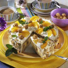 Giotto-Nuss-Torte mit Pfirsichen Rezept