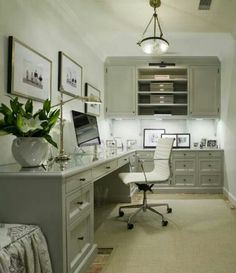 Beautiful office's house...