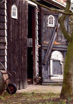Zeeuwse schuur http://www.agrarischerfgoed.nl/tl_files/aen_afb_regionaal/zeeland/schuur2_750.jpg