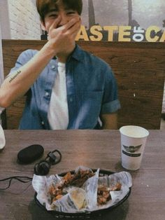 jaehyun aesthetic // boyfriend material look Taeyong, Kpop, Nct Johnny, Nct Doyoung, Valentines For Boys, Jung Jaehyun, Jaehyun Nct, Boyfriend Material, Nct Dream