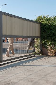 cooper residence outdoor metal gate (pinning for the fencing idea)