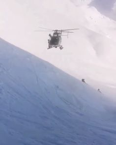 Helicopter Pilots, Military Helicopter, Military Jets, Military Aircraft, Fighter Pilot, Fighter Jets, Aigle Animal, Wow Video, Jet Plane