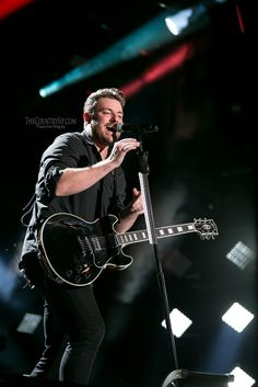 Chris Young Photo Gallery - CMA Fest 2015