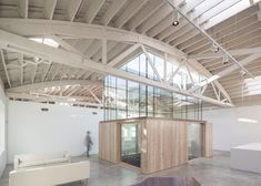 Bowstring Truss House by Works Partnership Architecture – Design Exchange Portland Architecture, Architecture Résidentielle, Industrial Architecture, Industrial Homes, Industrial Chic, Warehouse Home, Warehouse Design, Truss Structure, Warehouse Conversion