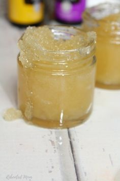 All About Skin Care With These Tips Soothe and moisturize dry, chapped lips with this easy lemon lavender honey lip scrub!Soothe and moisturize dry, chapped lips with this easy lemon lavender honey lip scrub! Salt Face Scrub, Diy Face Scrub, Diy Scrub, Lip Gloss Homemade, Lip Scrub Homemade, Lemon Face Scrubs, Body Scrubs, Lip Balm Recipes, Lavender Honey