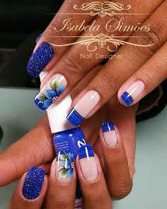 42 Fotos de Unhas com Flores Square Nail Designs, Acrylic Nail Designs, Nail Art Designs, Aycrlic Nails, Blue Nails, Nagellack Design, Simple Acrylic Nails, Nail Art Kit, Elegant Nails