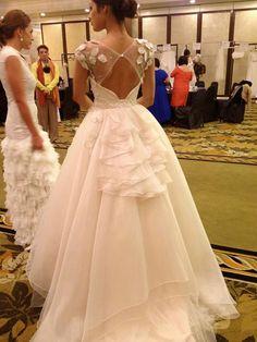 Be a Blushing Bride Wedding Suits, Wedding Gowns, Wedding Bells, Elegant Wedding, Dream Wedding, Wedding Stuff, Before Wedding, Yes To The Dress, Karen Millen