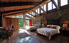 Hotel Volcano Lodge, arq. Rodrigo Carazo