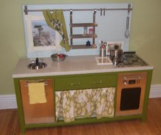 And yet another up-cycle kids kitchen option. Diy Kids Kitchen, Little Kitchen, Kitchen Decor, Modern Kitchen Design, Interior Design Kitchen, Childrens Kitchens, Cool Kitchens, Play Kitchens, Kids Furniture
