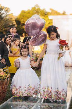 Daminhas com balões de hélio. Casamento ao ar Livre | Ana Glória e Mateus