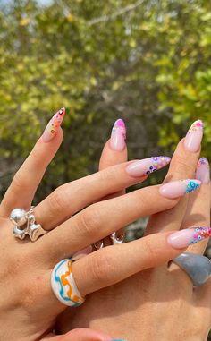 Instagram @jayna.edwards Coffin Nails, Acrylic Nails, Nailart, Kylie Jenner Nails, Nail Care Tips, Claw Nails, Nail Polish, Latest Nail Art, Nail Ring