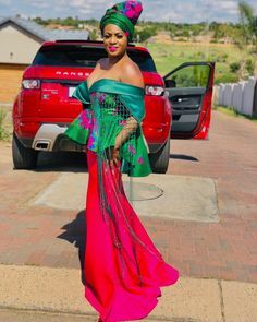 Today we accompany to you the Latest trendy African styles 2019 that are apparent this accomplished anniversary that we Inspire you. It's 2019 people! African Fashion Skirts, South African Fashion, African Fashion Designers, African Outfits, Ankara Fashion, Tsonga Traditional Dresses, Traditional Wedding Dresses, Traditional Outfits, African Wedding Dress