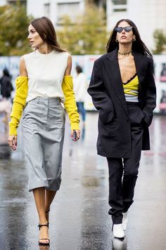 Best Duo: Giorgia Tordini and Gilda Ambrosio Read the full article on Who What Wear Casual Outfits, Fashion Outfits, Fashion Trends, Fashion Blogs, Lifestyle Fashion, Gilda Ambrosio, Costume, Friends Fashion, Cool Street Fashion