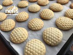 Çikolatalı Petek Kurabiye - Nefis Yemek Tarifleri - #4343769 Nutella, Cookies, Desserts, Food, Crack Crackers, Tailgate Desserts, Biscuits, Meal, Cookie Recipes
