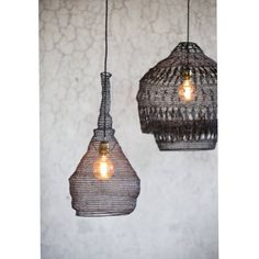 Alex & Wilma er på lager, nydelig håndverk i heklet jern fra watt&vekedu finner de i butikk og nettbutikk#vattveke #bolinabolina #lamp