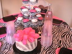 Fashionista Barbie Birthday www.lipglossandlaundry.com