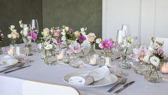 Nå på våren er det mange små og store anledninger det passer å gjøre det lille ekstra ut av bordpynten. Det er tid for både konfirmasjoner, barnedåp og bryllup. Vi gir deg tips og ideer til hvordan du kan pynte festbordet.