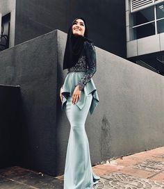 Hijab Prom Dress, Muslim Dress, Bridesmaid Dress, Bridesmaids, Gaun Dress, Dress Brokat, Stylish Dresses, Elegant Dresses, Fashion Dresses