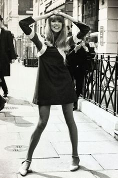 """Legs askew and arms akimbo: typical pose of the late 60s/early 70s """"hippie era""""...was it supposed to represent freedom or rebellion from conservativism? I just find it weird.  Pictured: Patti Boyd, George Harrison's ex. """"3 Ways To Wear Modern Mod"""""""