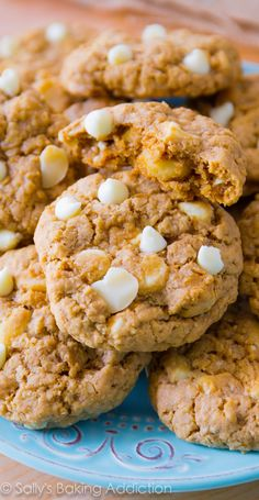 White Chocolate Macadamia Nut Oatmeal Cookies