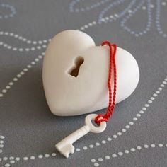The key to my heart unique porcelain Heart-ART by ArtMind on Etsy I Love Heart, Key To My Heart, Happy Heart, My Funny Valentine, Valentine Day Gifts, Valentines Hearts, Saint Valentine, Rosa Rose, Paperclay
